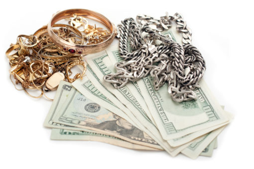 Simple Tips for Getting the Best Price When You Sell Jewelry to a Pawn Shop