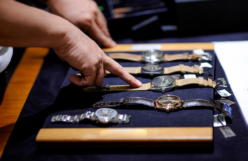 4 Tips to Help You Get the Best Price When Pawning Your Rolex or Other Designer Watch