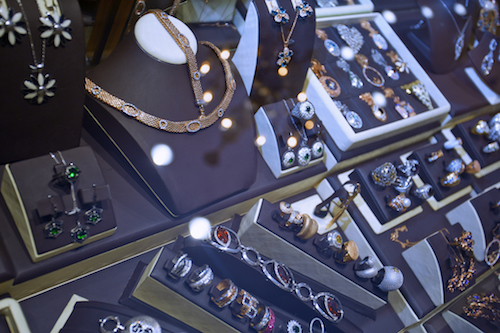 Four Reasons the Jewelry Selection at a Pawn Shop is Likely to Far Exceed a Jewelry Store